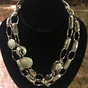 "Jewelry - EL Silver Tone Oval Linked Necklace 38"" Long"